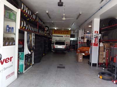 badajoz-centro-comercial_neumaticos-pereira-3