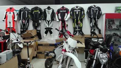 Badajoz-centro-comercial_ibox-moto-13