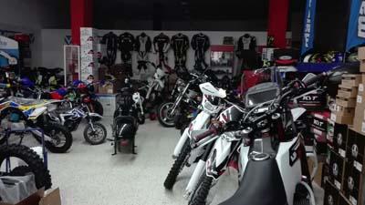 Badajoz-centro-comercial_ibox-moto-8