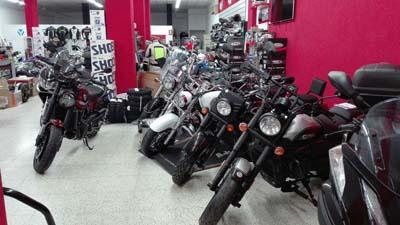 Badajoz-centro-comercial_ibox-moto-9