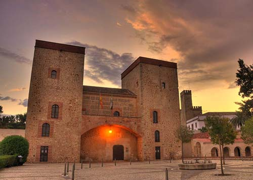 ac-turismo_badajoz_palacio-duques-feria