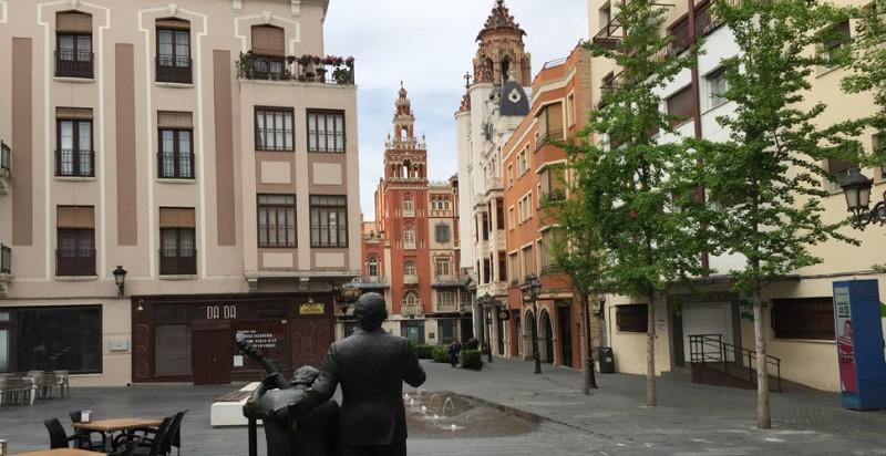 acturismo_visitas-guiadas-badajoz_plaza-de-la-soledad