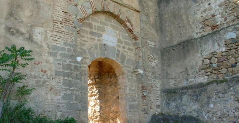 acturismo_visitas-guiadas-badajoz_puerta-de-la-traición
